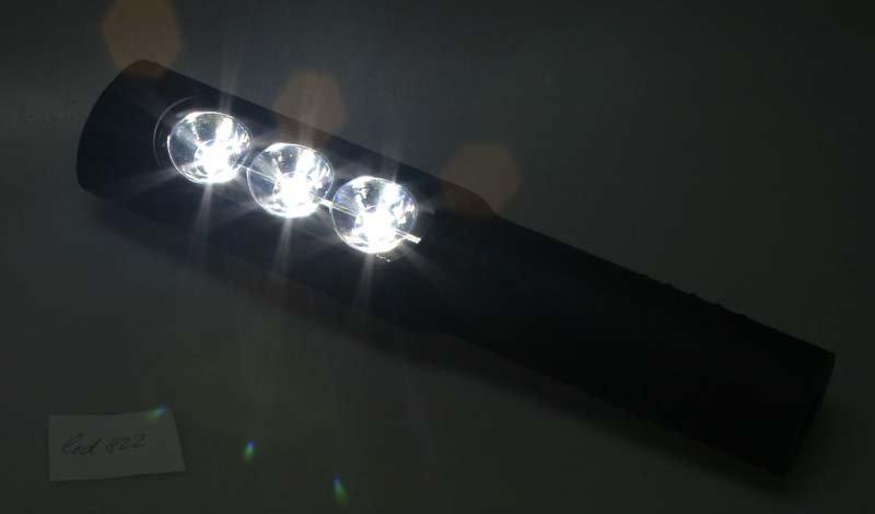 TOP LED lampa 3x1w +1w/aku VÝPRODEJ